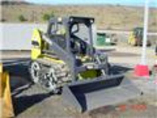 Product picture Skid Steer Loader HSL1500T OPERATION OWNER MANUAL